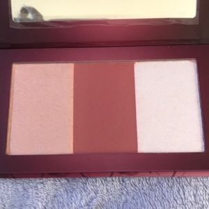 Brand new Urban Decay Naked Cherry Palette